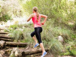 blonde-athlete-running-up-wooden-stairs_Fotor